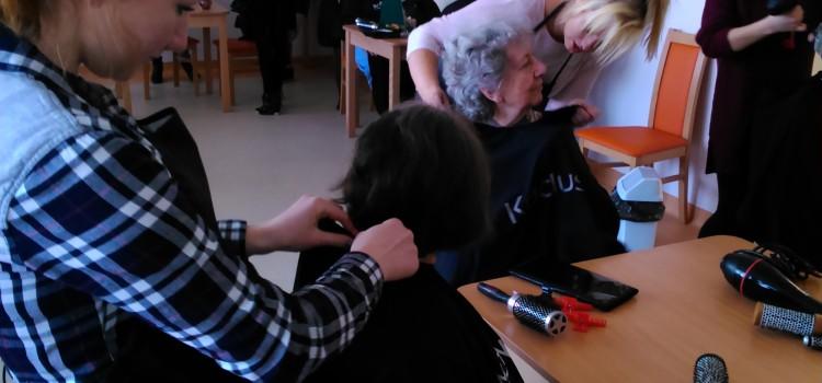 """Mobilny salon fryzjerski –  """"Dzień Kobiet"""""""