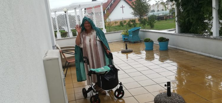 Gra w BULE w deszczu